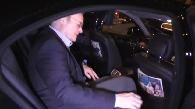 stockvideo's en b-roll-footage met lawrence o'donnell leaves dinner at craig's in west hollywood in celebrity sightings in los angeles - west hollywood