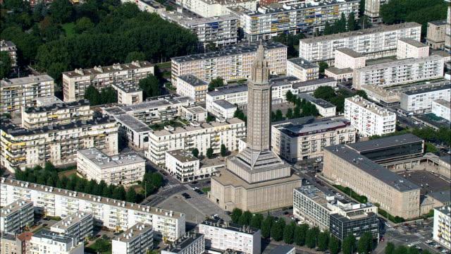 vidéos et rushes de le havre-vue aérienne – haute-normandie seine-maritime, arrondissement du havre, en france - mairie