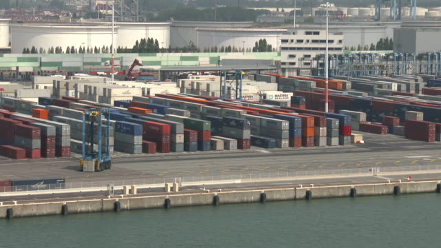 le havre port. france - container stock videos & royalty-free footage