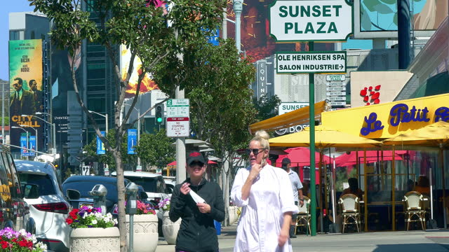 le petit four celebrities landmark restaurant on sunset strip on sunset boulevard in los angeles, california, 4k - hollywood california stock videos & royalty-free footage