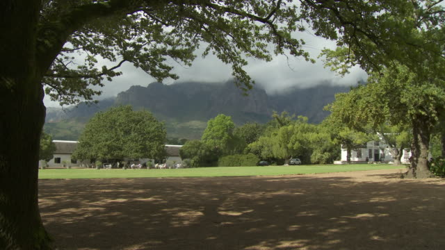 ws le rhone garden, franschhoek, western cape, south africa - franschhoek stock videos and b-roll footage