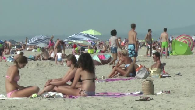 Le Touquet mayor Daniel Fasquelle said Saturday his decree to ensure safety on the beach had only been partially invalidated by the decision of the...