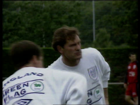 montpellier england squad warming up on pitch including glenn hoddle - モンペリエ点の映像素材/bロール