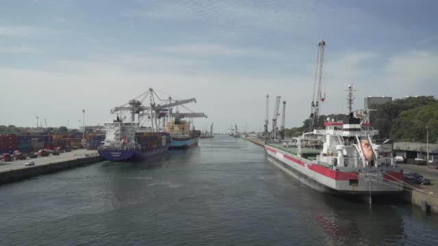 vídeos de stock e filmes b-roll de leça da palmeira - porto - matosinhos - port of leixões - marina