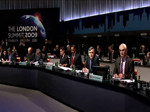 leaders of g20 summit 2009 seated at table as host prime minister gordon brown opens discussions; 2 april 2009 - business meeting stock videos & royalty-free footage