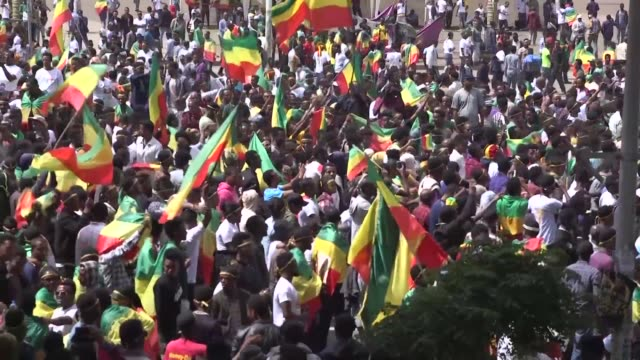 leaders of the prominent ethiopian opposition party patriotic ginbot 7 arrive in addis ababa after 11 years in exile welcomed by supporters... - esilio video stock e b–roll