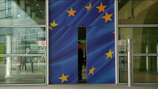 eu leaders' summit european elections aftermath / new european commission president ext general view of european commission entrance and sign... - palazzo del parlamento video stock e b–roll