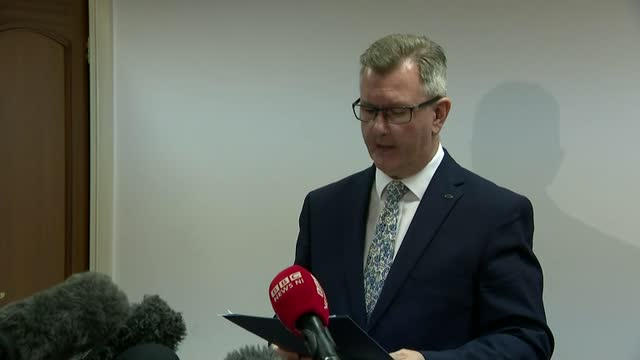 leadership election: sir jeffrey donaldson announces intention to run; northern ireland: int sir jeffrey donaldson mp press statement sot - democratic unionist party 個影片檔及 b 捲影像