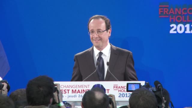 stockvideo's en b-roll-footage met leading in opinion polls three months ahead of france's presidential election socialist candidate francois hollande has unveiled a manifesto focused... - presidentskandidaat