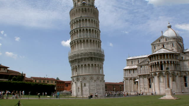 WS Leaning Tower of Pisa and Bascilica / Pisa, Tuscany, Italy