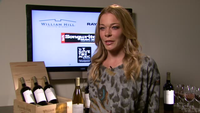 leann rimes on what she's learned as a songwriter over the years at vh1 save the music foundation's songwriters music series with leann rimes at the... - songwriter stock videos & royalty-free footage