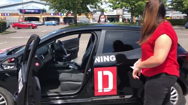 vidéos et rushes de learner drivers have expressed their relief after tests resumed in england following a fourmonth suspension some 210000 tests were cancelled and tens... - book