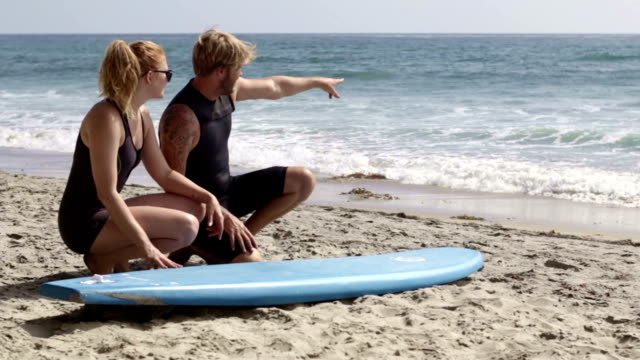 learning to surf - instructor stock videos & royalty-free footage