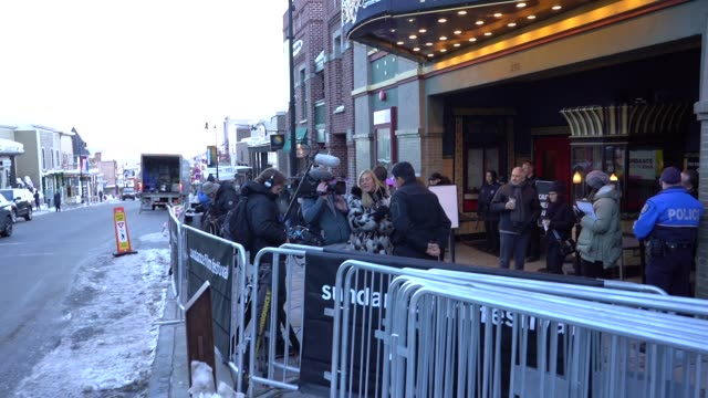 stockvideo's en b-roll-footage met atmosphere 'leaving neverland' premiere 2019 sundance film festival at egyptian theatre on january 25 2019 in park city utah - sundance film festival