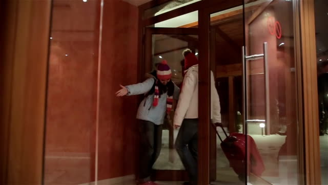 leaving the hotel at the end of the winter vacation - arrival stock videos & royalty-free footage