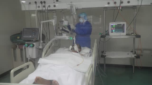lebanese medics treating covid-19 patients at hariri hospital in the capital beirut, say that the medical sector's current condition is 'critical',... - lebanon country stock videos & royalty-free footage