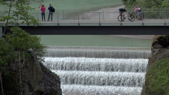 lech waterfall near fuessen, allgaeu, swabia, bavaria, germany - besichtigung stock-videos und b-roll-filmmaterial
