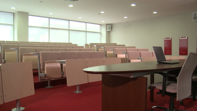hd: lecture hall - lecture hall stock videos & royalty-free footage