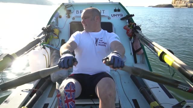 lee spencer the rowing marine is a disabled marine to row solo and unsupported from europe to america on january 09 2019 in portimao portugal - ウォータースポーツ点の映像素材/bロール