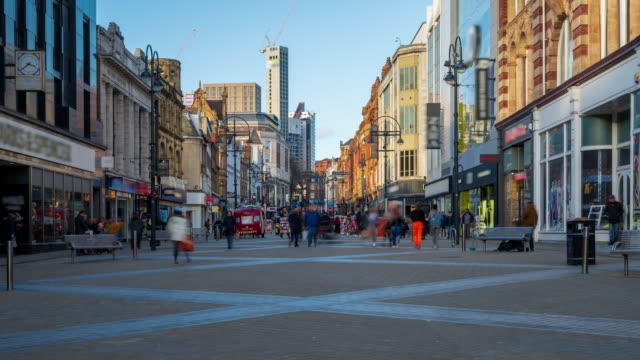 leeds high street with crowds of shoppers, west yorkshire, 4k time-lapse (zoom-out) - tall high stock videos & royalty-free footage