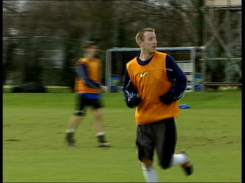 Venables Press Conference Itn Lee Bowyer Training Pan Rio Ferdinand Training With The England Squad