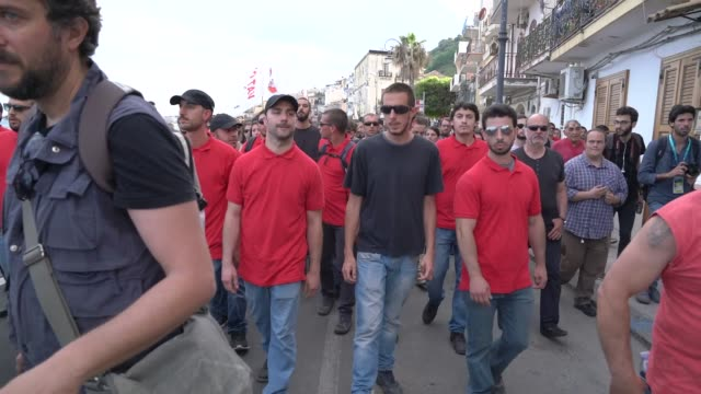 Leftist demonstrators march to protest the G7 summit at nearby Taormina on the island of Sicily on May 27 2017 in Giardini Naxos Italy The leaders of...