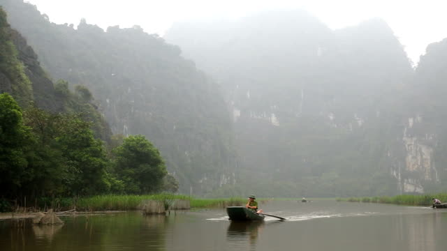 Leg rowing local Vietnamese Tam Coc nr Ninh Binh nr Hanoi North Vietnam