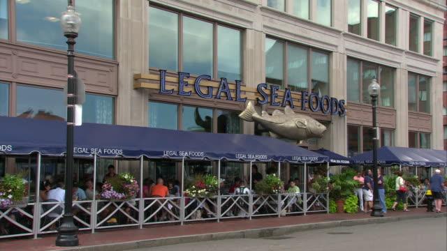 WS Legal Seafoods Long Wharf exterior, 255 State Street / Boston, Massachusetts, USA