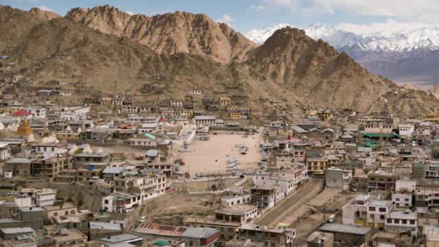 Leh Stadt mit Berg Leh Ladakh Indien