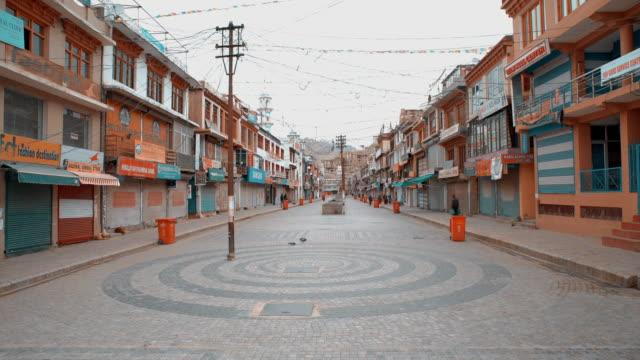 leh walking street local market in the morning - jammu e kashmir video stock e b–roll