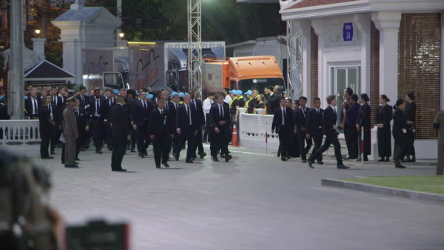 leicester city fc players arriving for the bangkok funeral of club chairman vichai srivaddhanaprabha who died in a helicopter crash - only japanese stock videos & royalty-free footage