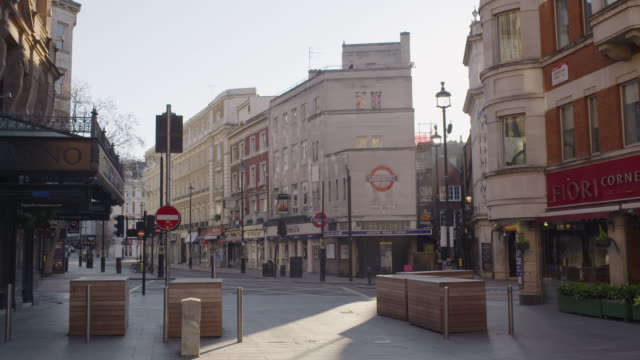 leicester square - empty central london in lockdown during coronavirus pandemic - leicester stock videos & royalty-free footage