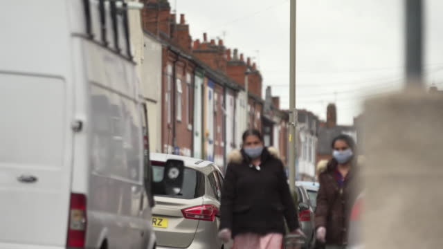 leicester street scenes whilst it is in a local lockdown due to an increase in coronavirus cases in the area - leicestershire stock videos & royalty-free footage