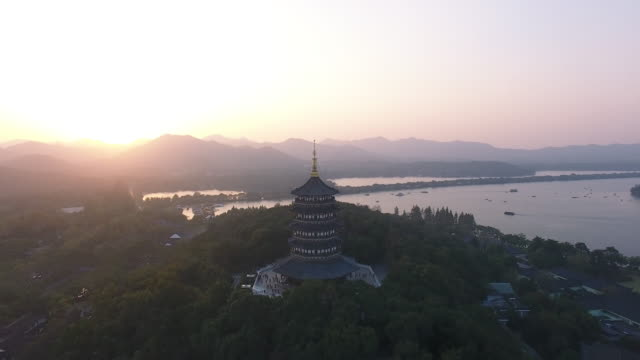 leifeng pagoda, west lake, hangzhou, zhejiang - pagoda stock videos & royalty-free footage