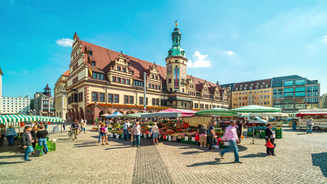 leipzig timelapse central square old town - rathaus stock videos & royalty-free footage
