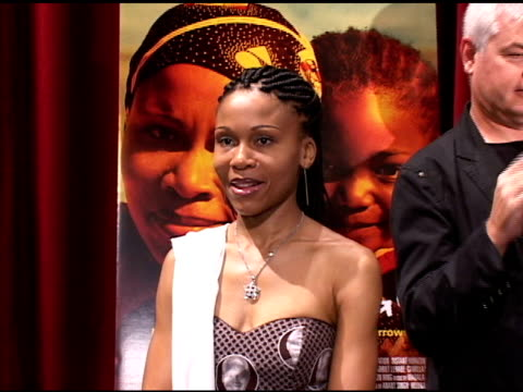 vidéos et rushes de leleti khumalo, star of the south african film 'yesterday,' and director darrell roodt at the directors of oscar nominated foreign language films at... - academy of motion picture arts and sciences