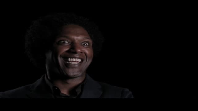 lemn sissay—author, broadcaster and playwright—is interviewed at world book night. in this clip he talks about where he finds inspiration for... - 脚本家点の映像素材/bロール