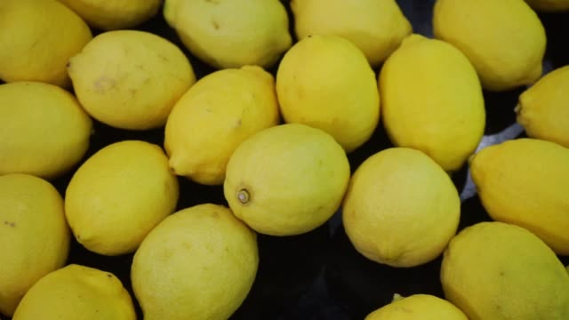 lemon in supermarket - basket stock videos & royalty-free footage