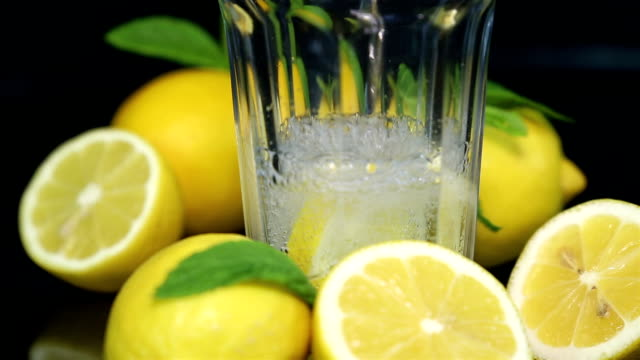 lemonade close-up - traditional lemonade stock videos & royalty-free footage