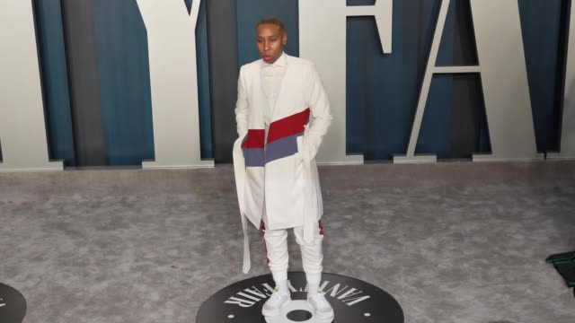 vidéos et rushes de lena waithe at vanity fair oscar party at wallis annenberg center for the performing arts on february 9 2020 in beverly hills california - vanity fair