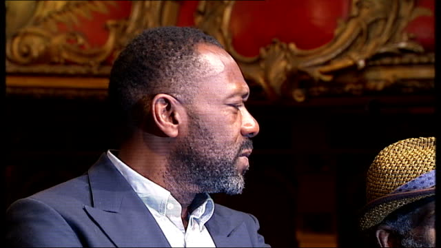 vídeos de stock e filmes b-roll de lenny henry calls on creative industries to improve ethnic diversity; england: london: hackney empire: int lenny henry , larrington walker and joivan... - lenny henry