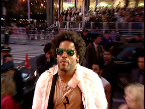 lenny kravitz arriving to the 2000 mtv video music awards red carpet - 2000s style stock videos & royalty-free footage