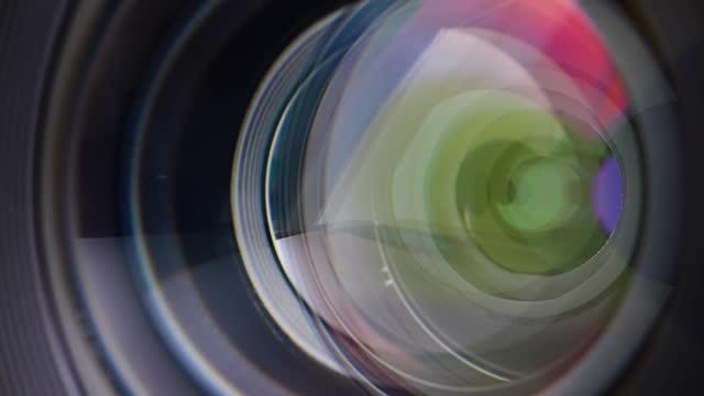 stockvideo's en b-roll-footage met lens diafragma scherpstellen - focus