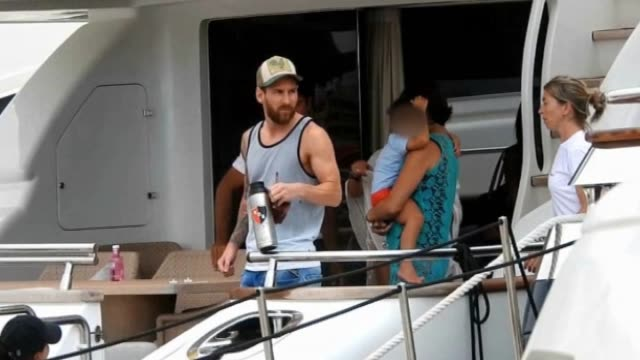 leo messi and family disembarking in the boat - lionel messi stock videos and b-roll footage