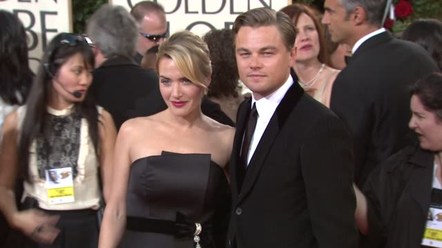 stockvideo's en b-roll-footage met leonardo dicaprio and kate winslet at the 66th annual golden globe awards arrivals part 5 at los angeles ca - golden globe awards
