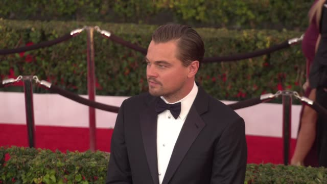 leonardo dicaprio at 22nd annual screen actors guild awards - arrivals in los angeles, ca 1/30/16. 4k available - contact getty sales - leonardo dicaprio stock videos & royalty-free footage