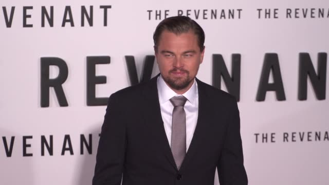 """leonardo dicaprio at the """"the revenant"""" los angeles premiere at tcl chinese theatre on december 16, 2015 in hollywood, california. - leonardo dicaprio stock videos & royalty-free footage"""