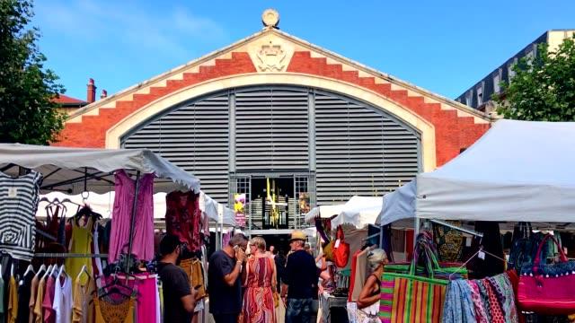 vídeos de stock, filmes e b-roll de les halles food market in biarritz - biarritz