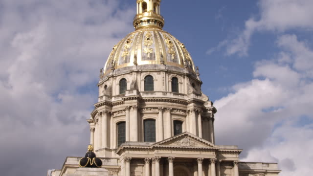 MS Les Invalides where Napoleon's tomb is found / Paris, France
