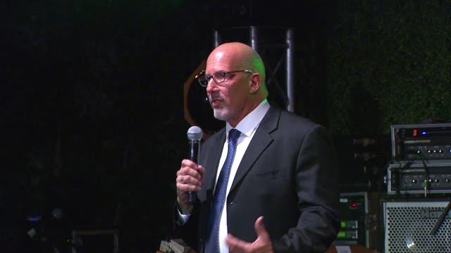 vídeos de stock, filmes e b-roll de speech les mccabe at global green usa 13th annual preoscar® party in los angeles ca - global green usa